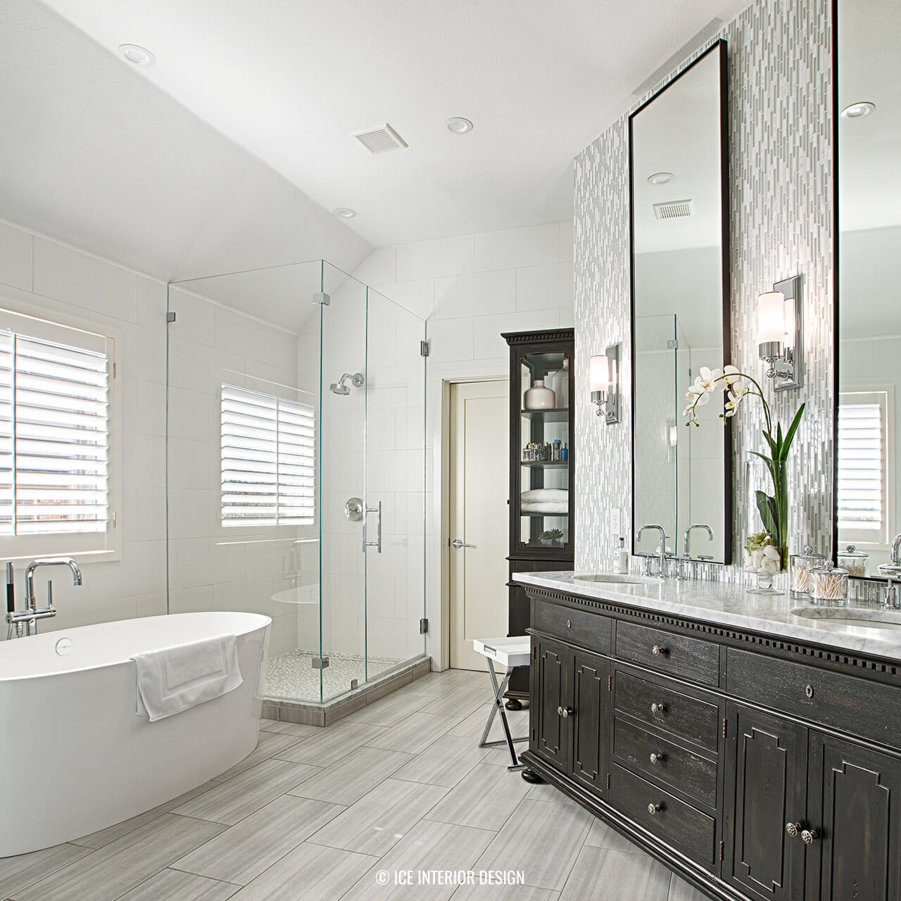 A Contemporary Master Bath Remodel via Interior Design pre-planning ...